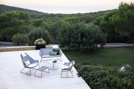 Breeze Lounge + Highbackchair Light Grey